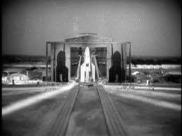 Fritz Lang's more realistic moon rocket.